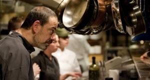 Francois-Pesant_DinerPresident-01-Fausto-ferreira-café